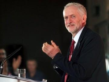 Jeremy Corbyn pierde la moción de confianza del Partido Laborista