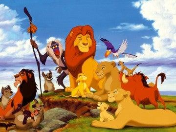 'El Rey León' (1994). Es probable que ya te pillara algo más crecidito, pero la historia de Simba en la sabana seguro que te cautivó. Cantaste el 'Hakuna Matata' hasta la saciedad y, a día de hoy, el lema sigue siendo válido.