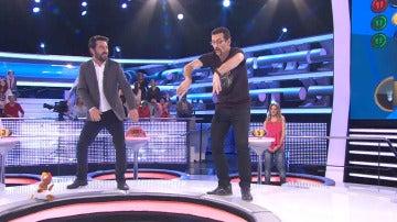 Así se baila la 'danza de Arturo'
