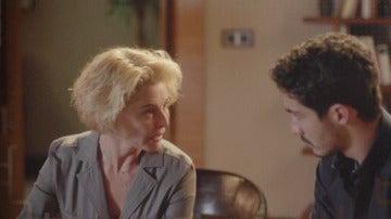 """Claudia a Carlos: """"La cámara encontrada en el salón de nuestra casa puede habernos grabado juntos"""""""