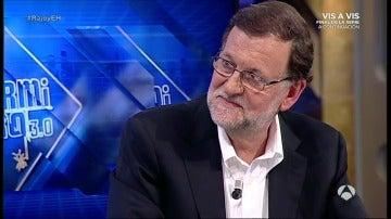 """Rajoy traduce su frase más incomprensible """"el alcalde y los vecinos"""""""