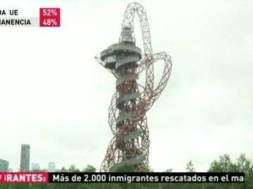 El tobogán más grande del mundo abre este viernes sus puertas en Londres