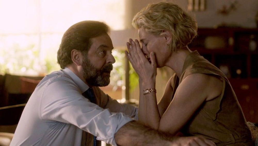 Claudia y Luis, unidos para rescatar a Ester