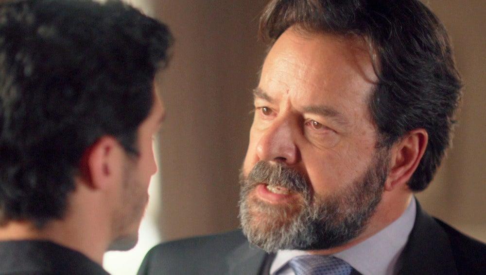 """Luis a Carlos: """"Sal de nuestras vidas de una vez"""""""
