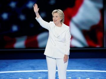 Hillary Clinton acepta ser líder demócrata para ocupar la Casa Blanca