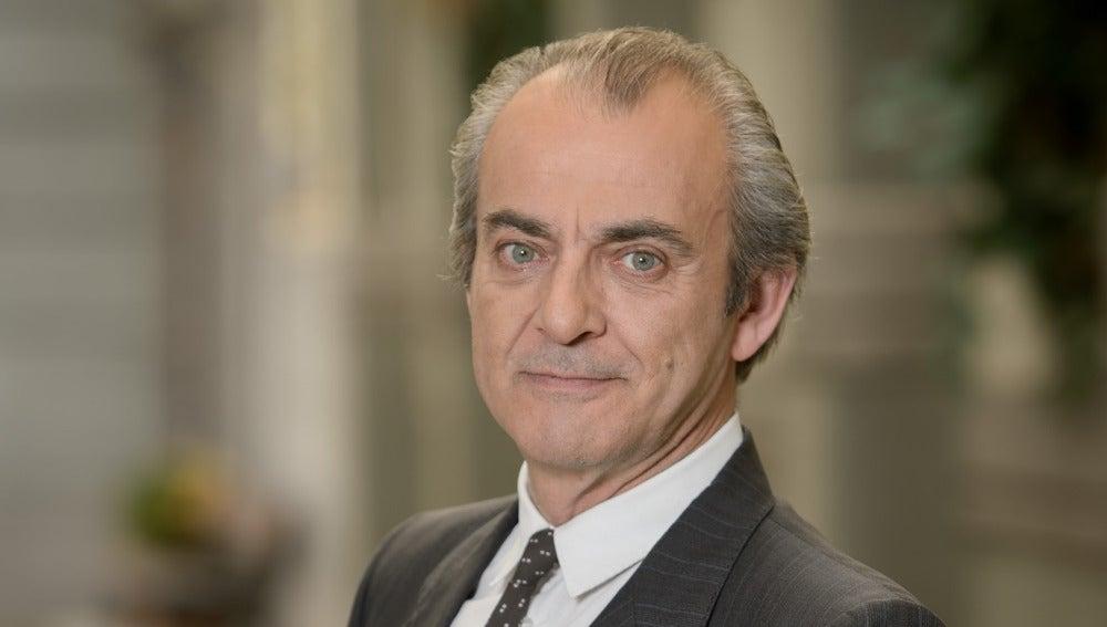 Javier Lago es Carlos Salgado