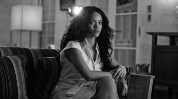 Rihanna vestida de Moschino