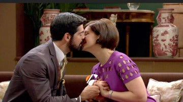 Así es la nueva cabecera de 'Amar...' interpretada por Bustamante