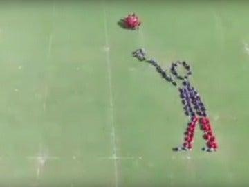 Simulación humana de un tiro libre de baloncesto