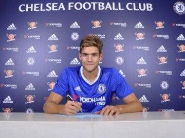 Marcos Alonso, nuevo jugador del Chelsea FC