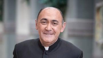 Arturo Querejeta es Padre Arguimiro