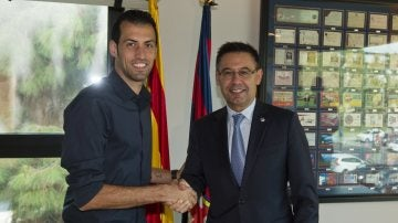 Sergio Busquets renueva hasta 2021 con el FC Barcelona