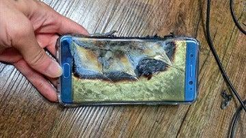 Un terminal Galaxy Note 7 después de arder