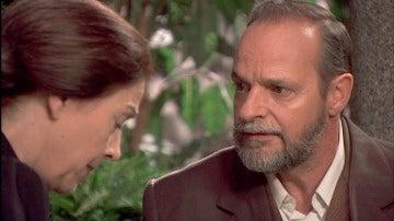 Raimundo descubre el nuevo aspecto de Doña Francisca
