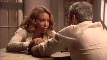 Alfonso confiesa aquello que le ocultaba a Emilia