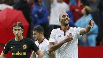 N'Zonzi celebra su gol al Atlético de Madrid