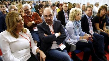 Susana Díaz acompañada de otros políticos socialistas en el Comité Federal