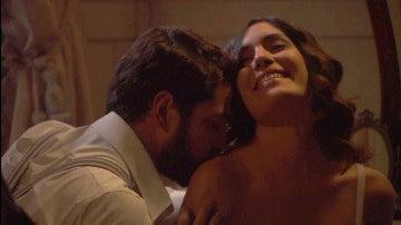 Camila y Hernando, pasión descontrolada