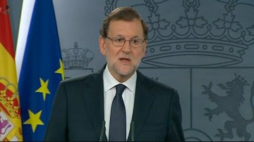 """Rajoy: """"El Rey me ha encargado que vuelva a someter mi candidatura a la investidura como Presidente y yo he aceptado"""""""