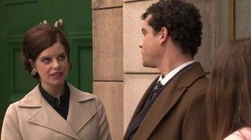 Marta no se atreve a confesar sus sentimientos a Rafael