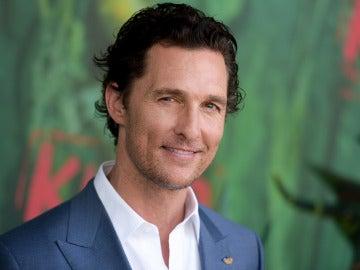 Matthew McConaughey en una premiere