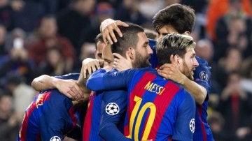 La plantilla del Barça celebrando uno de los goles de Arda Turán