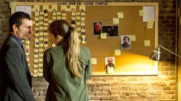 Álex y Lara investigan por su cuenta