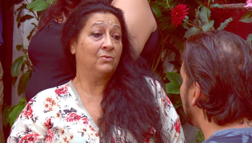La madre de Jesús se queda 'cuajá' con la decisión de casarse por sorpresa