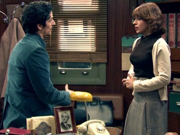 Martín le pide a Nuria que confiese sus sentimientos
