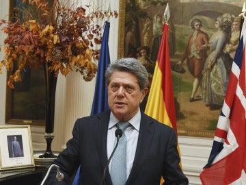 Federico Trillo anuncia que deja la embajada