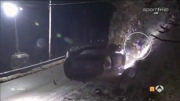 Frame 12.397266 de: Muere un espectador español en el Rally de Montecarlo tras un brutal accidente de Paddon