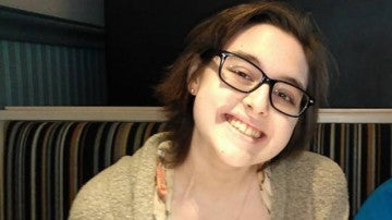 Rebecca Schofield, la joven con cáncer terminal