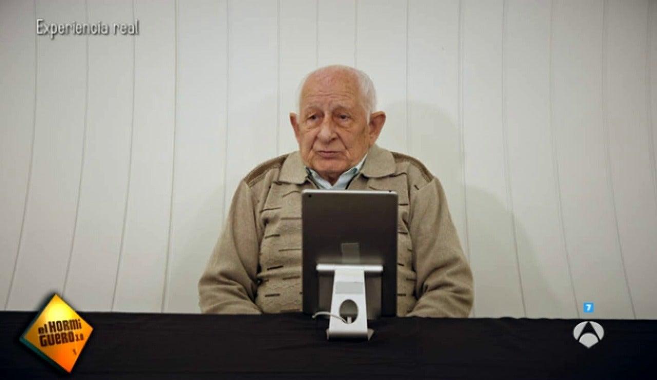 Frame 18.946666 de: Qué pensarías si te encuentras a tu abuelo en Tinder