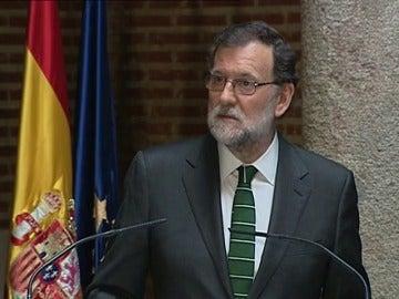 """Frame 26.311876 de: Rajoy: """"Fue una persona buena y decente y la hecho de menos"""""""