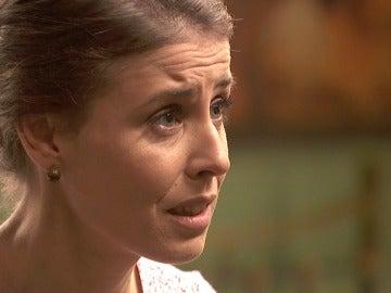 ¿Confesará Carmelo su gran impedimento para amar a Adela?