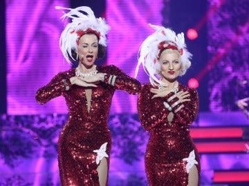 Esther Arroyo y Silvia Abril seducen al público como Jane Russell y Marilyn Monroe