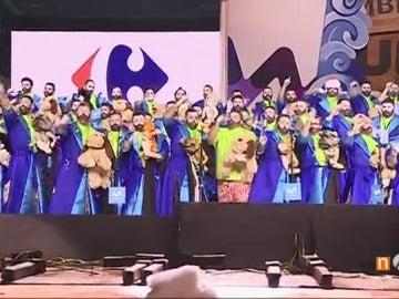Frame 63.28 de: Zeta Zetas gana la Gran Final de Murgas del Carnaval de Santa Cruz de Tenerife
