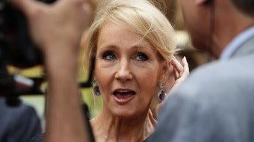 J. K. Rowling no se calla ni una