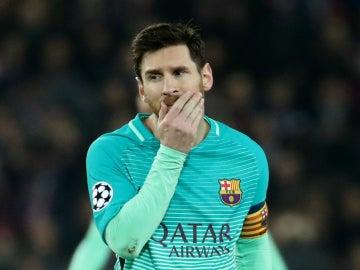 Messi, con cara de circunstancias