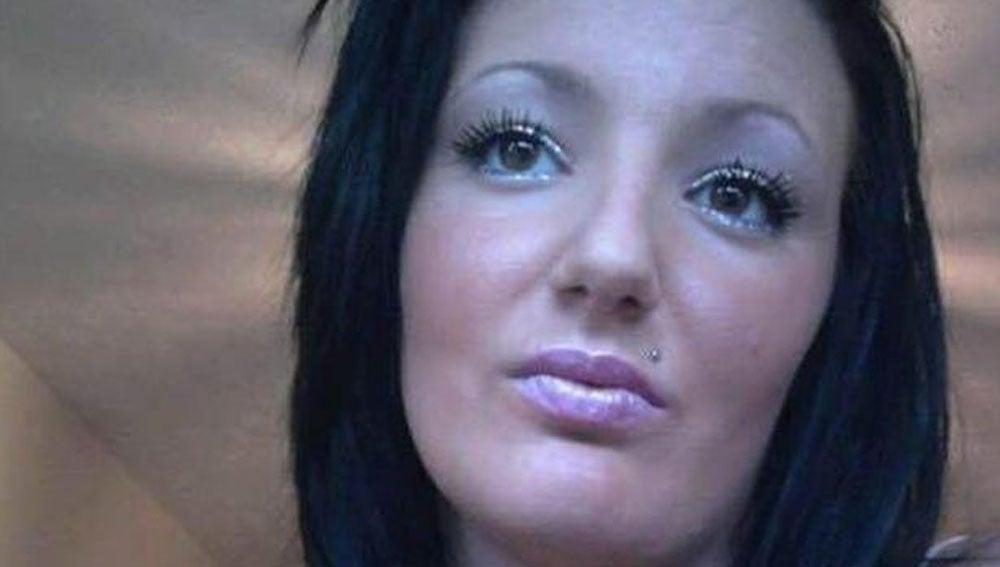 Sadie Backston, una joven inglesa de 25 años, que ha muerto víctima del cáncer