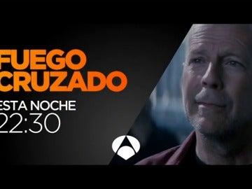 Frame 8.676843 de: Bruce Willis protagoniza 'Fuego Cruzado'