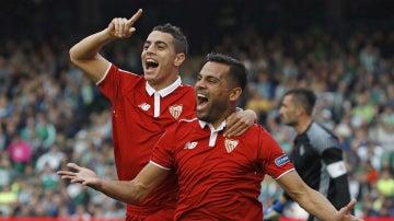 El Sevilla celebra un gol ante el Betis