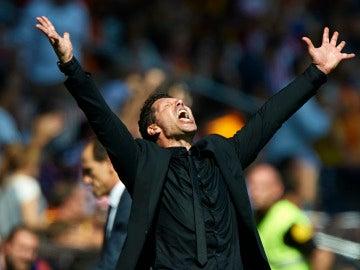 Diego Pablo Simeone, celebrando un gol del Atlético de Madrid