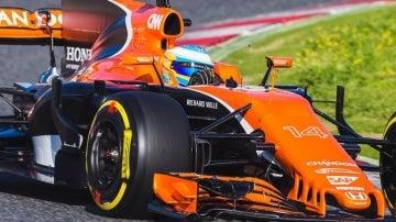 Alonso prueba el nuevo McLaren