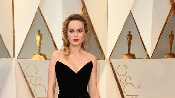 Brie Larson, una de las mejor vestidas con este diseño de Oscar de la Renta