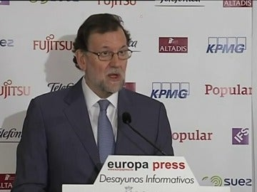 "Frame 4.920712 de: Rajoy reprocha a Susana Díaz que solo piense en ""atornillar a su partido al poder"" y cree que Andalucía necesita ""gobernantes mejores"""