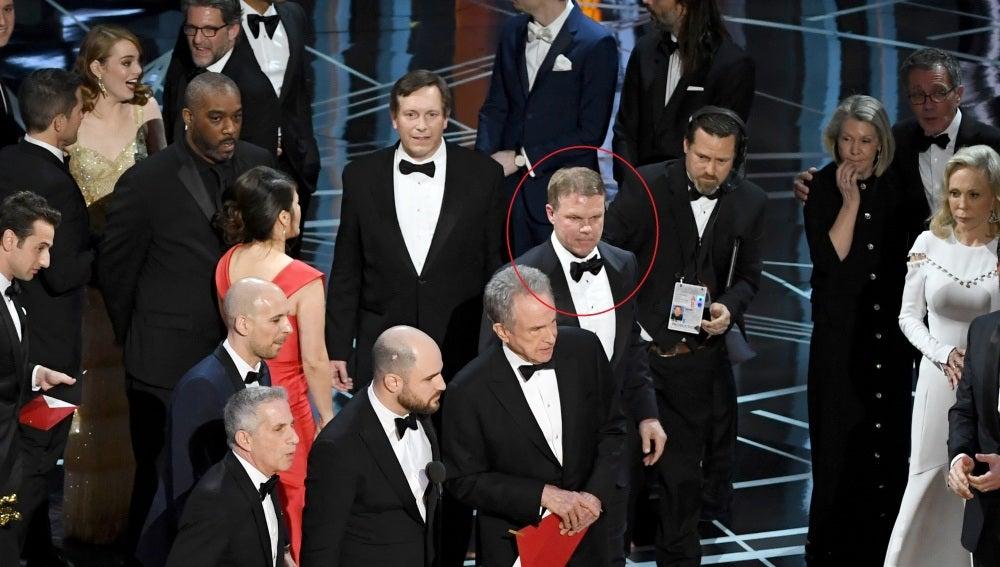Brian Cullinan, destacado en el círculos, fue el responsable de la polémica de los sobres en los Oscars