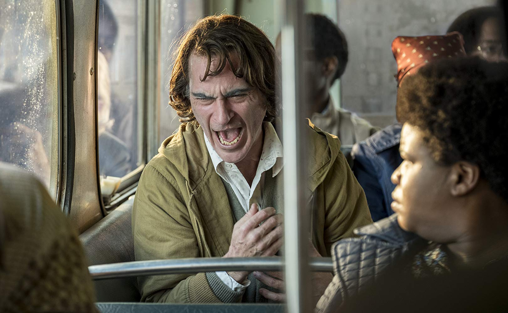 La enfermedad de la risa que padece Joaquin Phoenix en 'Joker' es ...