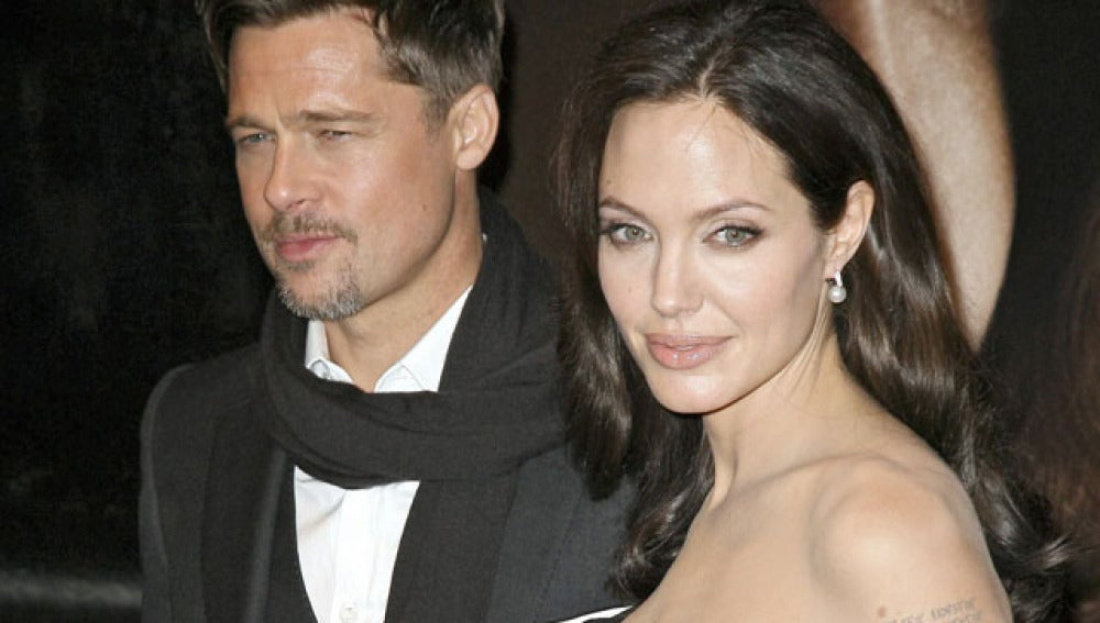 Angelina presiona a Brad