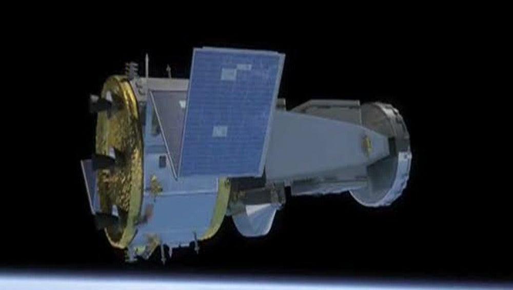 Un satélite circula sin control por el espacio